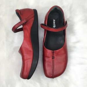 Earth 10 Solar Red Leather Mary Jane Flats Shoe